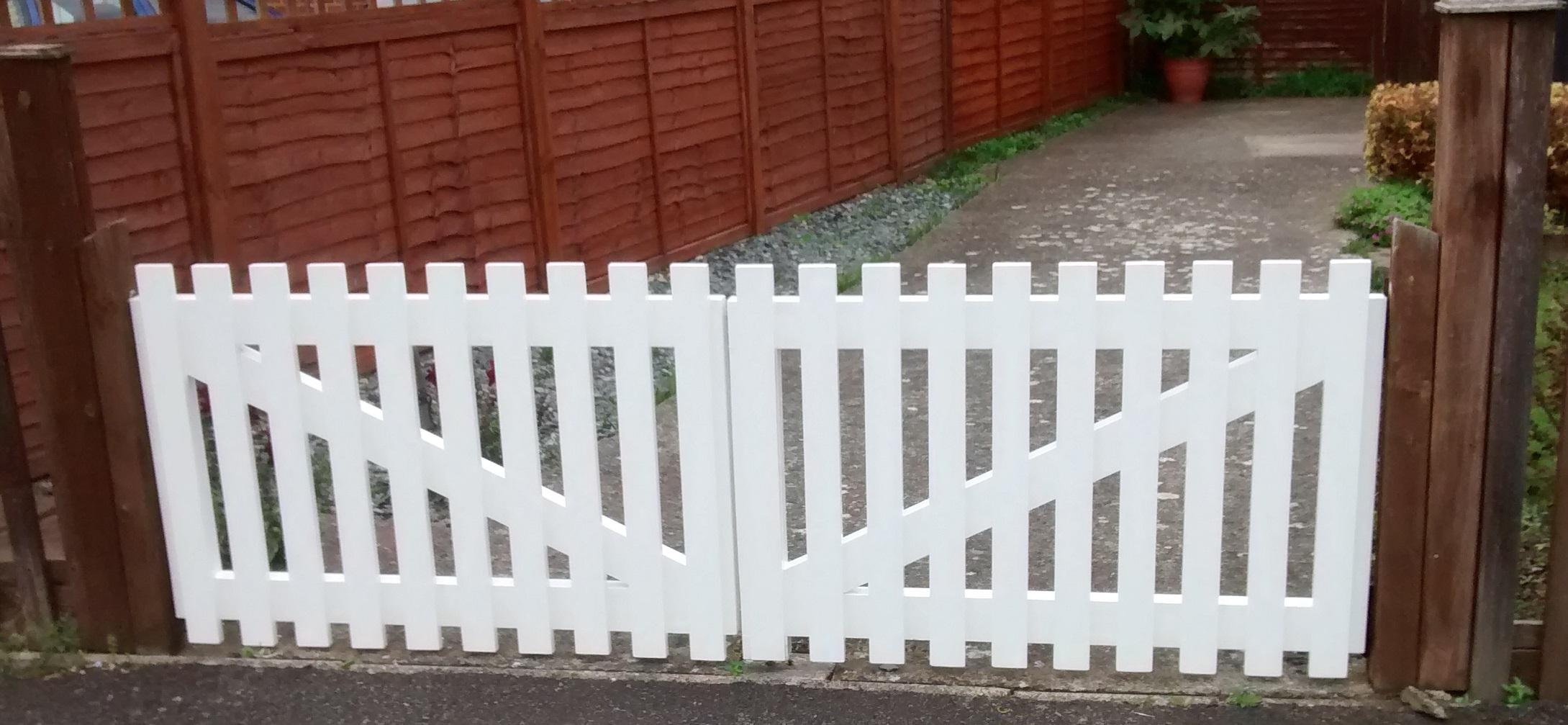 White drive gates